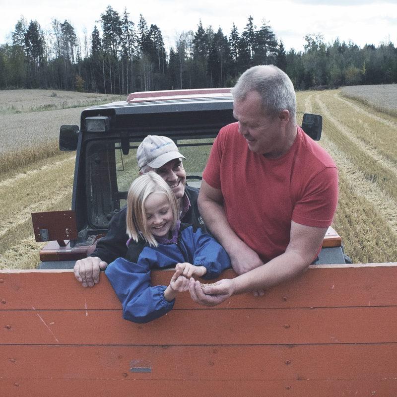 SLC - Dad Girl In Truck